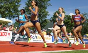 Katarina Johnson-Thompson, with Carolin Schäfer and Nafissatou Thiam behind her, in the 800m in Götzis