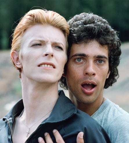 David Bowie with Geoff MacCormack on the set of The Man Who Fell to Earth