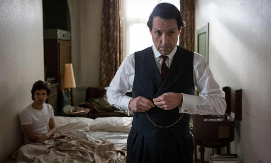 Ben Wishaw as Norman Scott, left, and Hugh Grant as Jeremy Thorpe in A Very English Scandal