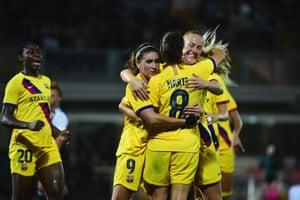 Marta Torrejon Barcelona celebrates scoring against Juve.
