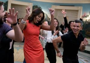 Michelle Obama dances to Gloria Estefan's Conga at the White House.