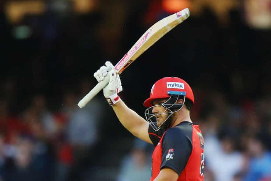 Renegades opener Aaron Finch acknowledges the crowd after posting a half-century in Thursday's clash against Sydney Thunder.