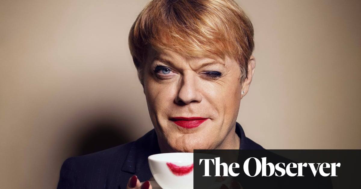 Eddie Izzard: 'Becoming an MP is still my goal'