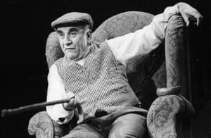 The Homecoming Warren Mitchell (Max) Comedy Theatre, directed by Sir Peter Hall, 1991