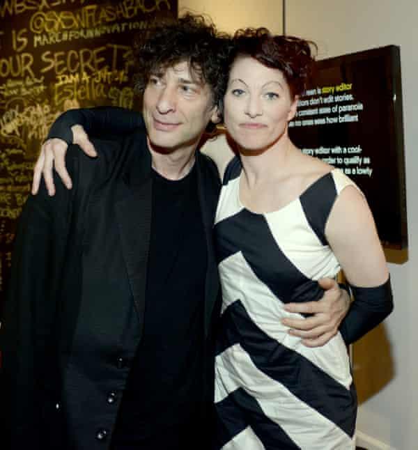 With her husband, the fantasy novelist Neil Gaiman.