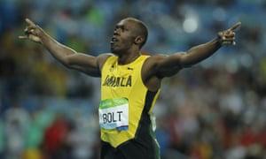 Usain Bolt wins the 200m final