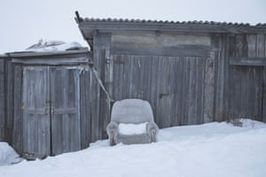 An abandoned couch in Yar-Sale village.