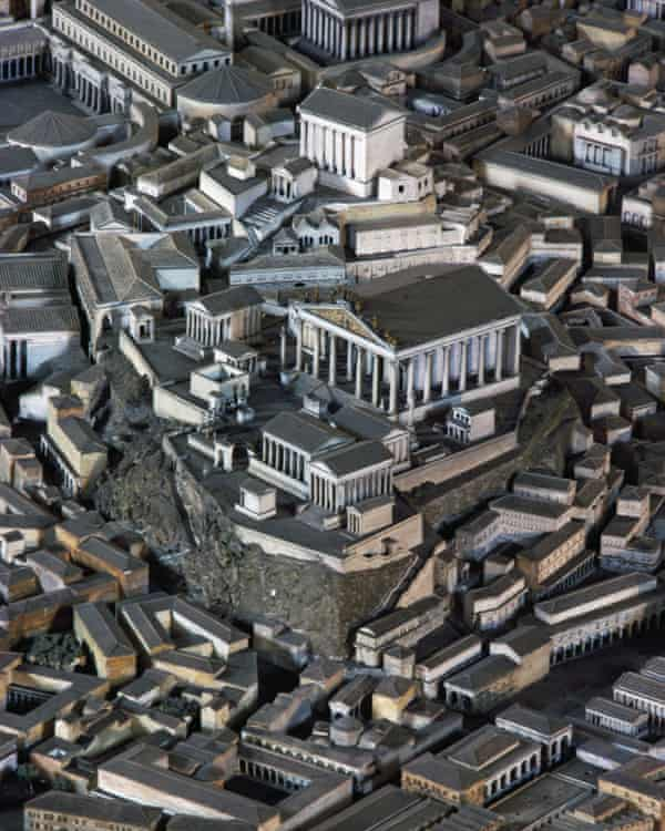Model of the temple of the Capitoline Triad, ancient Rome.