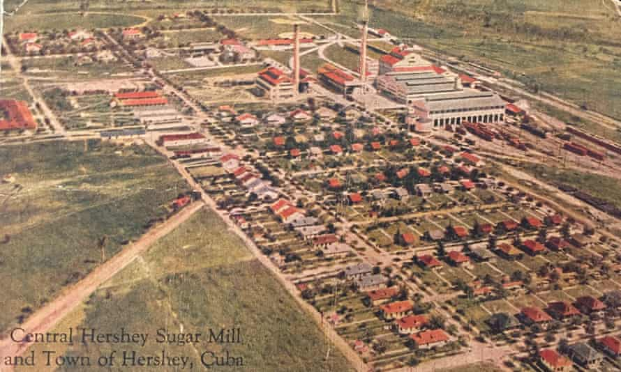 An old print showing Hershey as it was in its early 20th-century heyday.