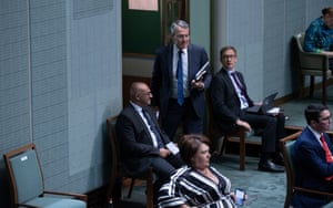 Mark Dreyfus gets evicted for noisy interjections