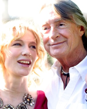 Cate Blanchett, who plays the eponymous doomed Irish journalist, and director Joel Schumacher promoting the film Veronica Guerin in Cambridge, England