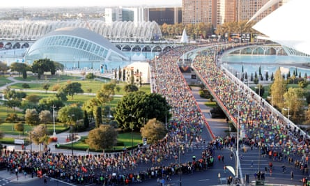 The start/finish of Valencia Marathon and 10k, in front of the City of Arts and Sciences