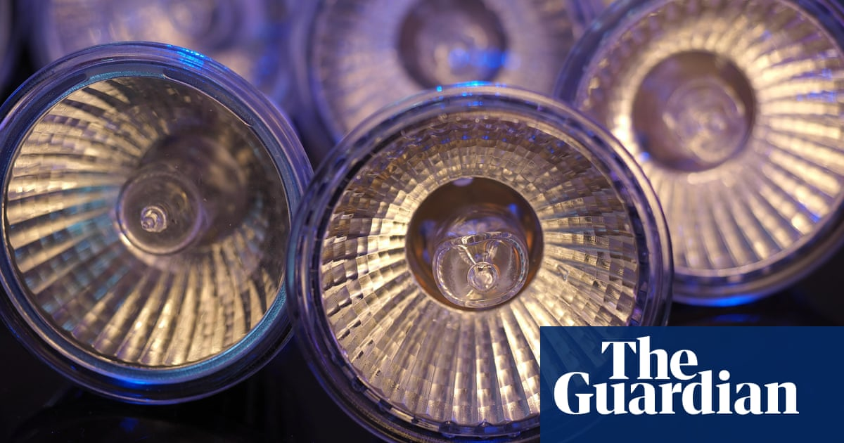 Halogen light bulbs could disappear from Australian stores within