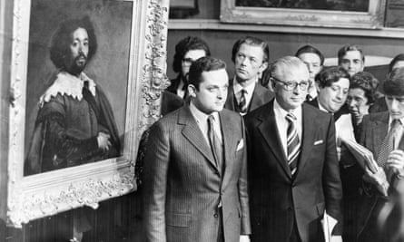 Alec Wildenstein with a Velázquez painting he purchased in 1970 for $5.54m