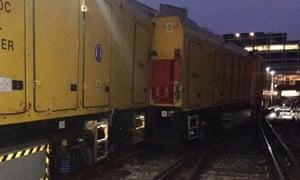 London Victoria train derailment causes chaos for commuters