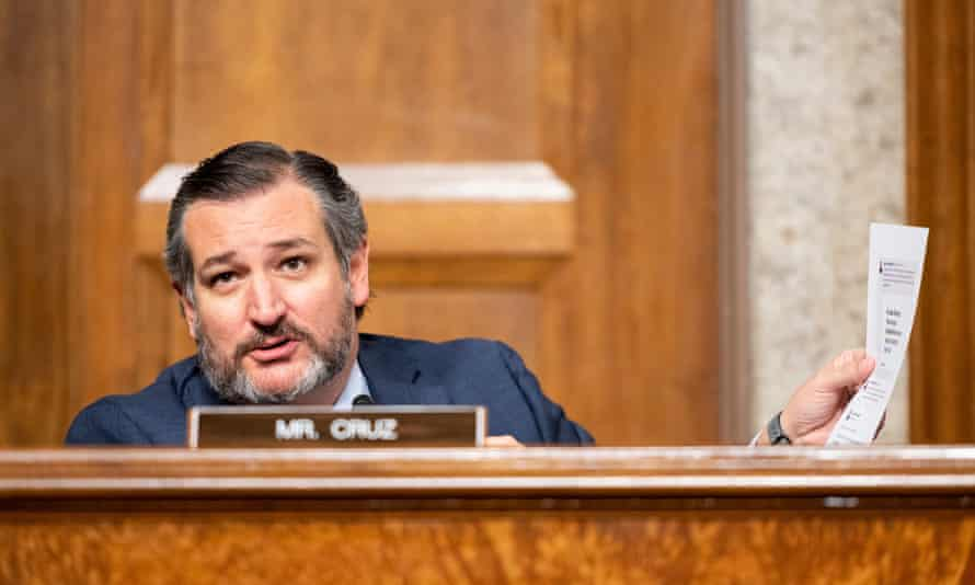 Senator Ted Cruz questions Mark Zuckerberg and Jack Dorsey, CEOs of Facebook and Twitter respectively, on the US Senate judiciary committee in November 2020.