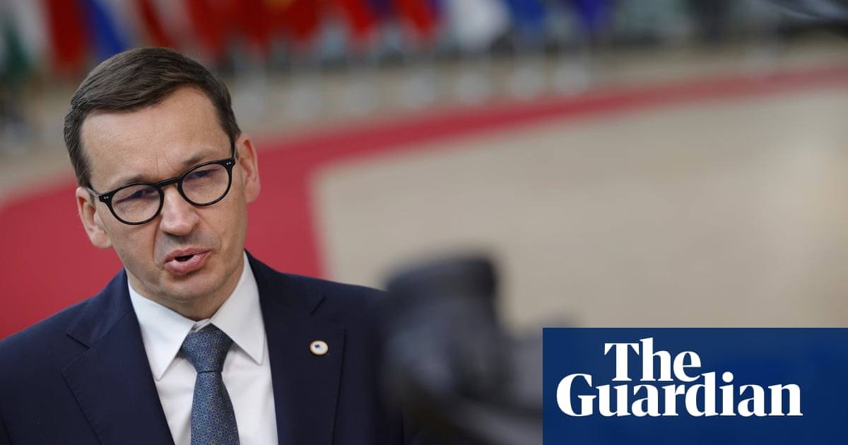 Poland's coalition under threat as parliament votes on media bill