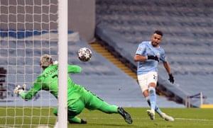 Manchester City's Riyad Mahrez beats Navas.