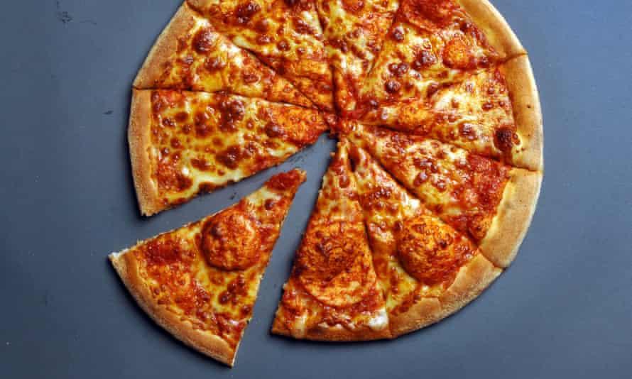 Domino's cheese and tomato pizza