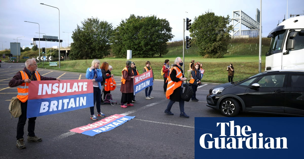Inside Insulate Britain: on the road with the disruptive climate protesters