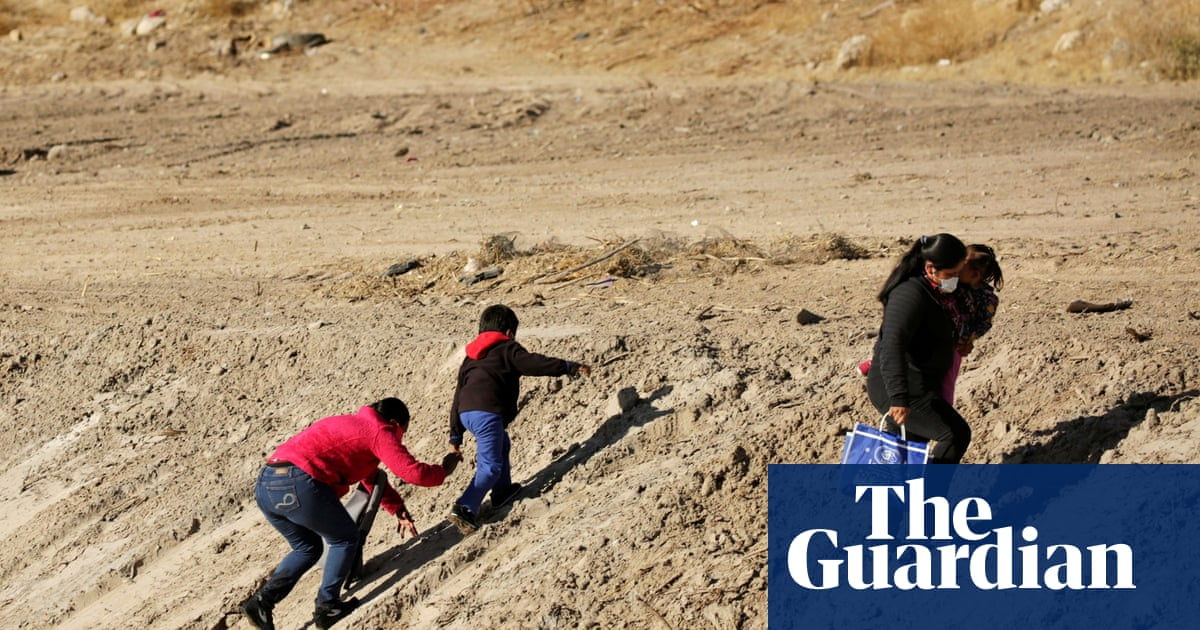 El Paso shelters scramble to make room for migrant children crossing into US
