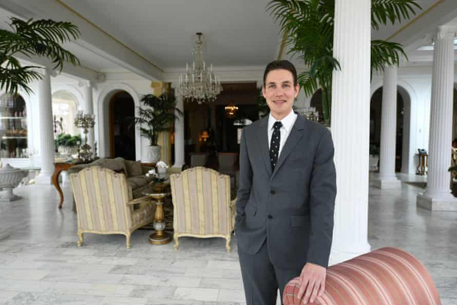 First gentleman Marlon Reis in the governor's mansion.