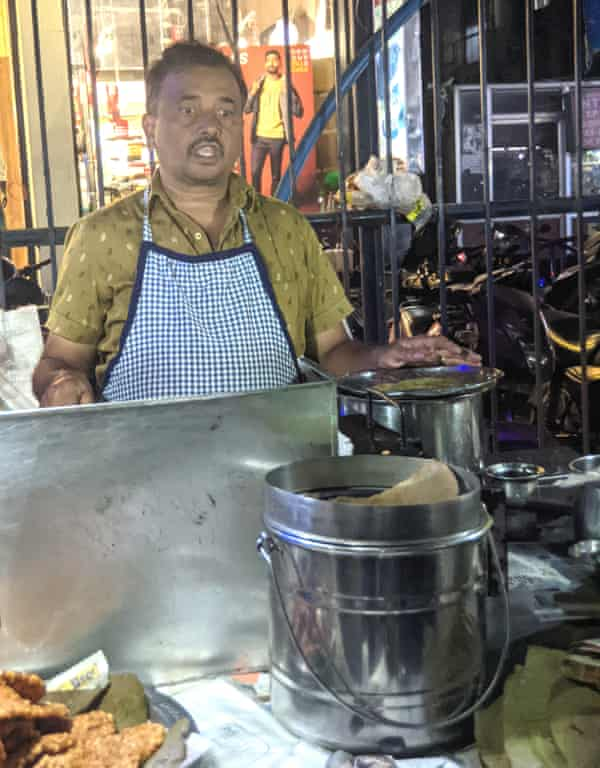 Venkateshwara Rao, owner of Kavyajyotika Tiffin Centre.