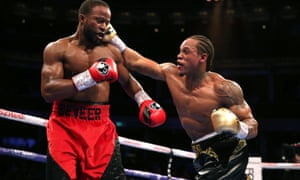 Anthony Yarde lands a right on Travis Reeves