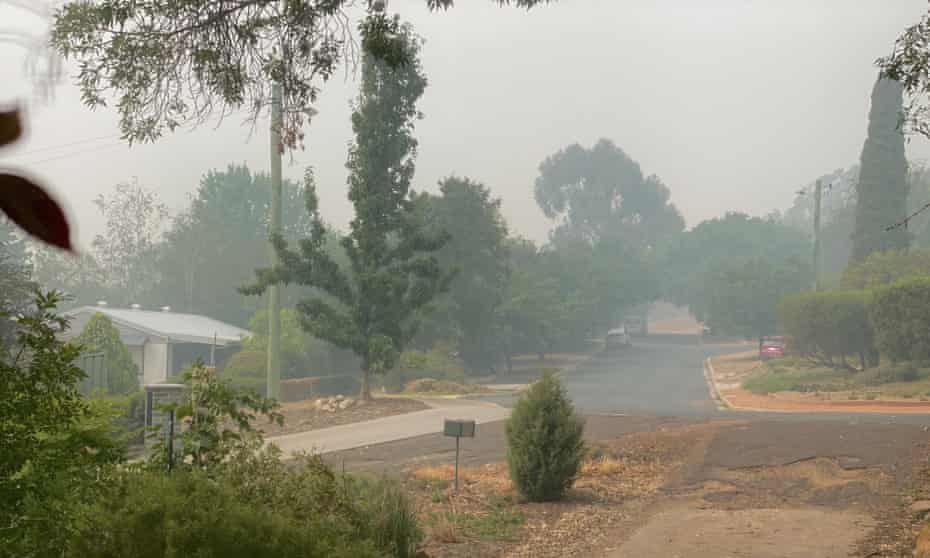 Bushfire smoke in Lyneham, Canberra
