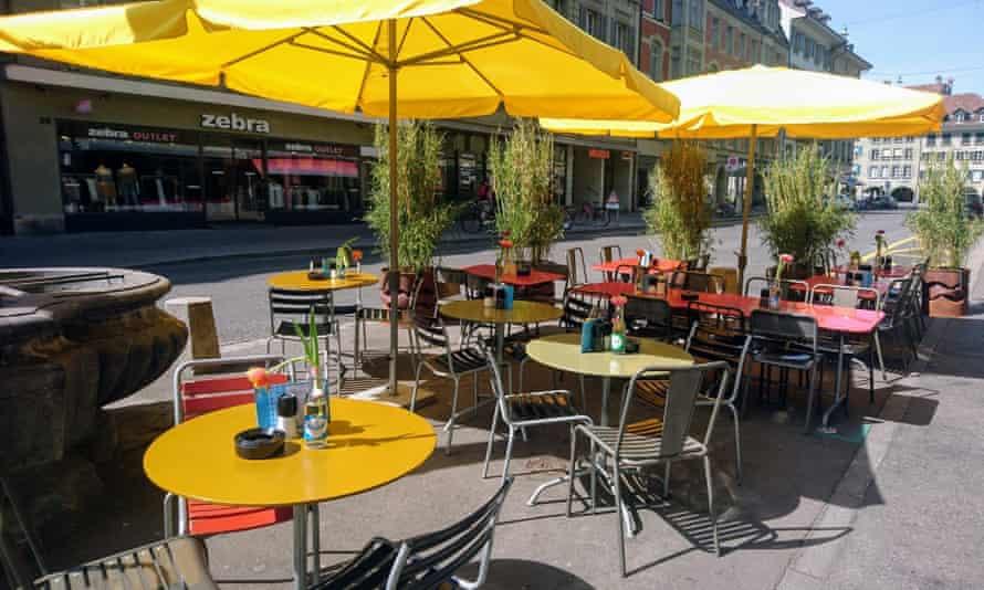 Outdoor tables at Restaurant Lötschberg