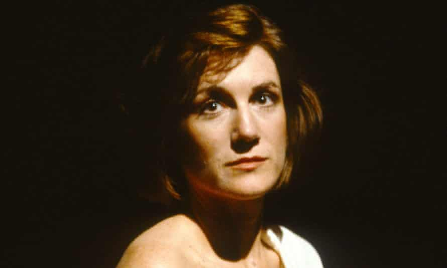 Harriet Walter as Biddy in Three Birds Alighting on a Field at the Royal Court in 1991.