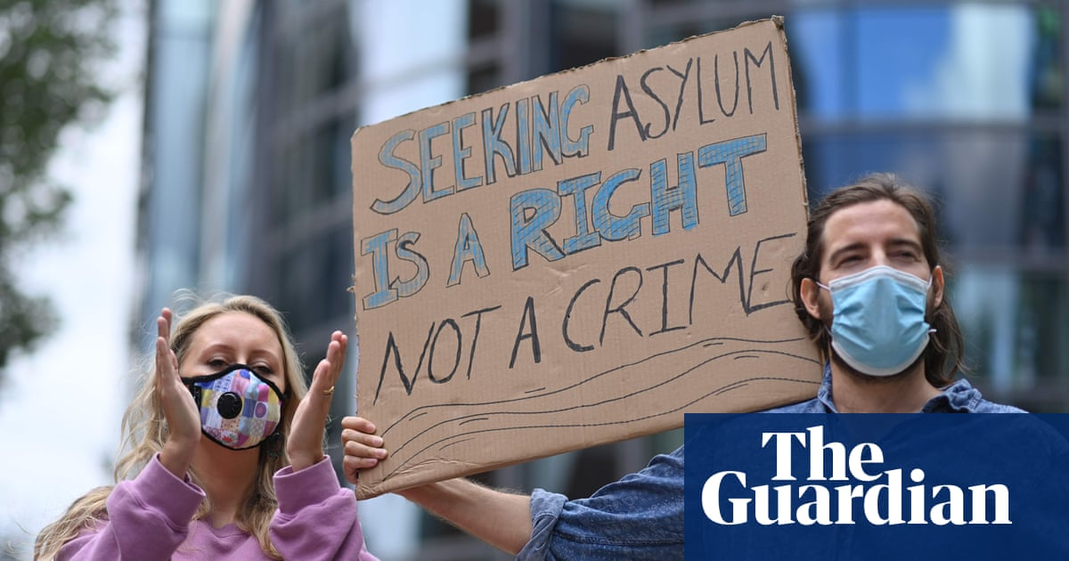 Thousands of potential trafficking victims held in immigration centres, data shows