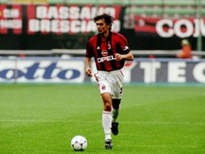 Paolo Maldini in action for Milan against Fiorentina in September 1998, a season in which the Rossoneri won Serie A for a 16th time.