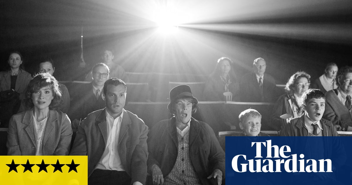 Belfast review – Kenneth Branagh's euphoric eulogy to his home city