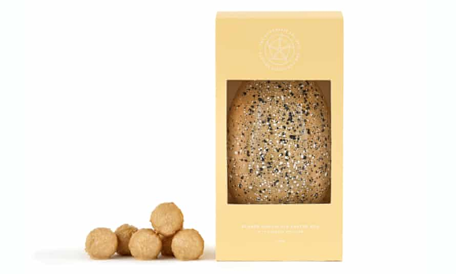 The Chocolate Society Blonde Tea & Biscuit egg