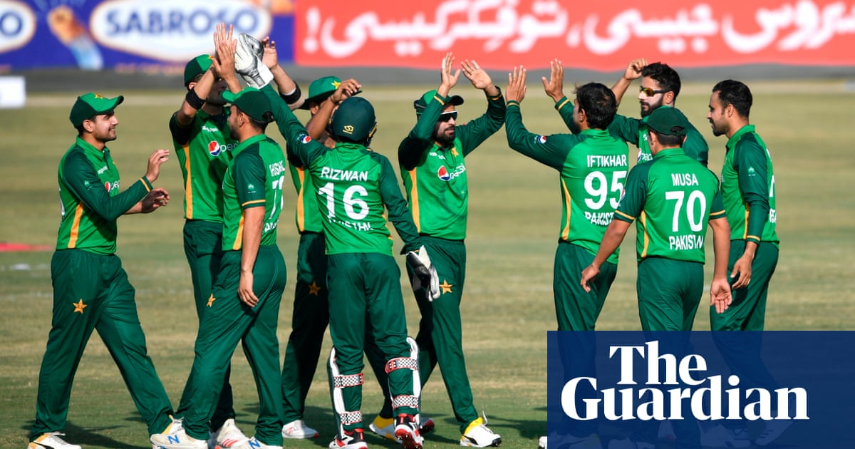 Six Pakistan cricket players test positive for Covid-19 in New Zealand