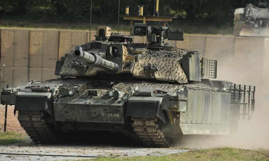 A Challenger 2 tank.