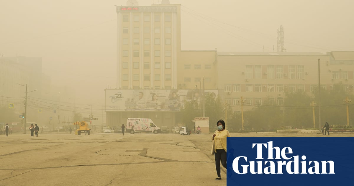 Wildfire smoke in Siberia causes 'stay at home' instruction