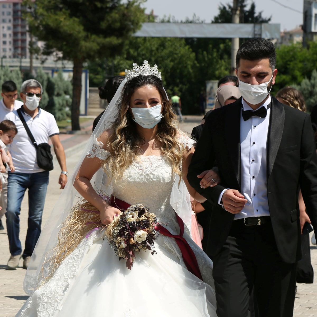 Coronavirus rise dashes Turkish dreams of big weddings | World news | The Guardian