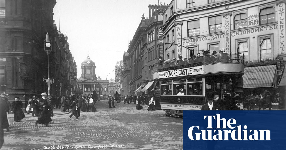 In praise of the tram: how a love of cars killed the workers