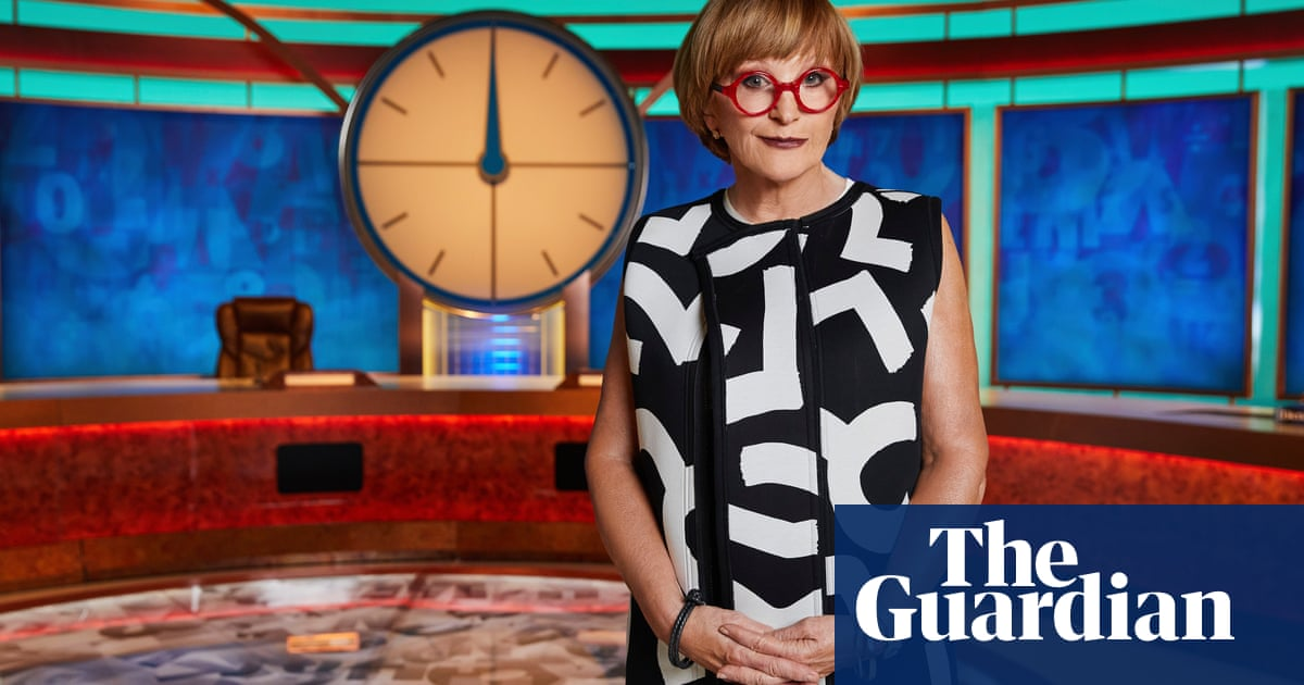 'A flaccid little attempt at spikiness': Anne Robinson takes over Countdown