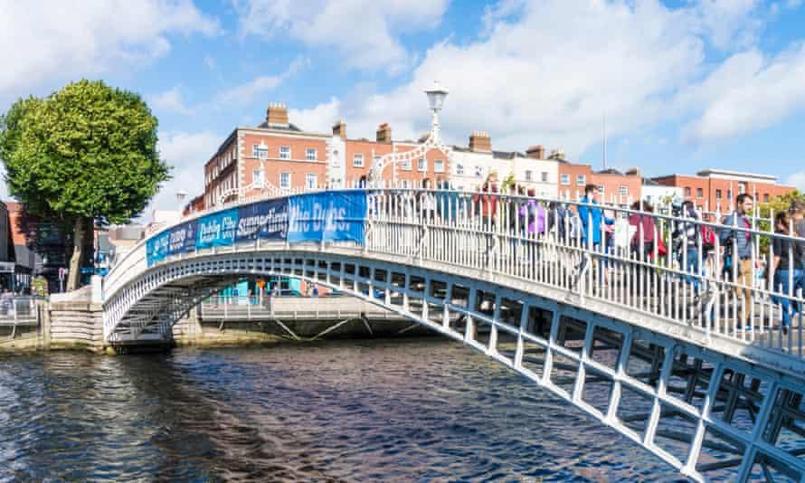 The Ha'penny Bridge, built in 1816 and a Dublin landmark.