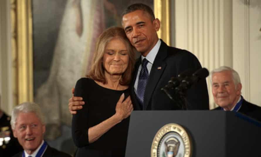 Obama awards the presidential medal of freedom to Gloria Steinem in 2013