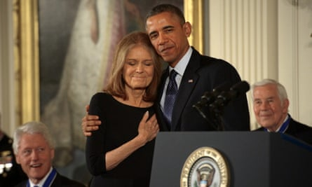 Obama awards the presidential medal of freedom to Gloria Steinem in 2013
