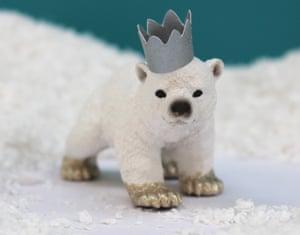 Polar bear cub model