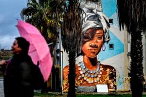 A mural by Uruguayan artist Maria Noe