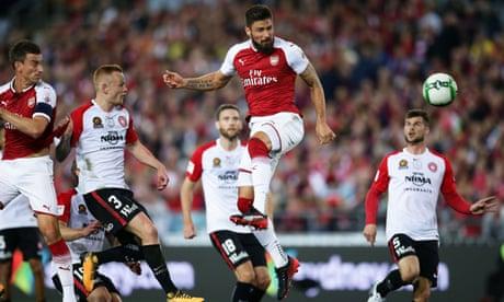 Olivier Giroud helps Arsenal breeze past Western Sydney Wanderers