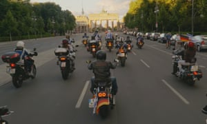 Finishing line … the motorcyclists approach the Brandenburg Gate in Back to Berlin