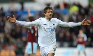 Fernando Llorente celebrates after scoring Swansea's third goal which proved decisive.