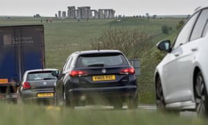 Traffic on the A303 and Stonehenge